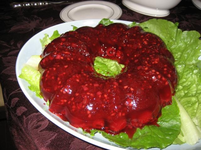 Congealed_salad_cranberry
